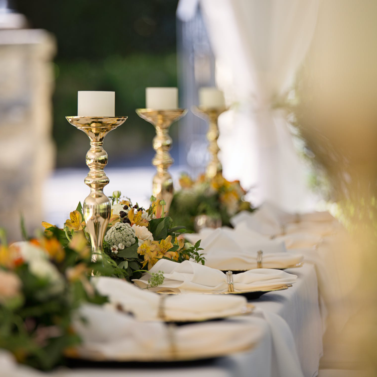 This course will focus on understanding the critical factors in floral and decor consultations.